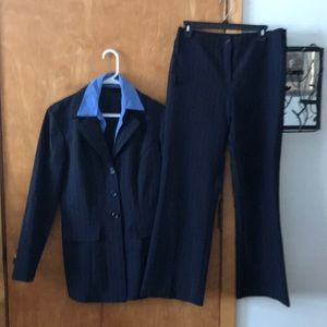 Studio y 2 piece suit  pant suit